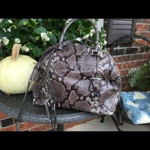Michael Kors Snakeprint Hand Bag